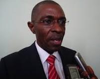 Il faut vaincre Ebola avant de penser relance économique (ministre guinéen)