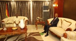 Sékhoutouréya: le président Alpha Condé reçoit le chef de file de l'opposition pendant 55 minutes