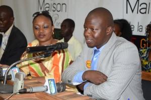 Photos de conférence de presse Forum économique national 052