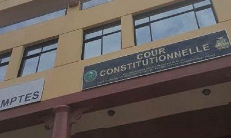 """Résultat de recherche d'images pour """"sit-in dispersé devant la cour constitutionnelle de conakry"""""""